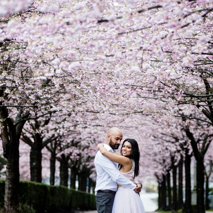 VANCOUVER CHERRY BLOSSOM ENGAGEMENT