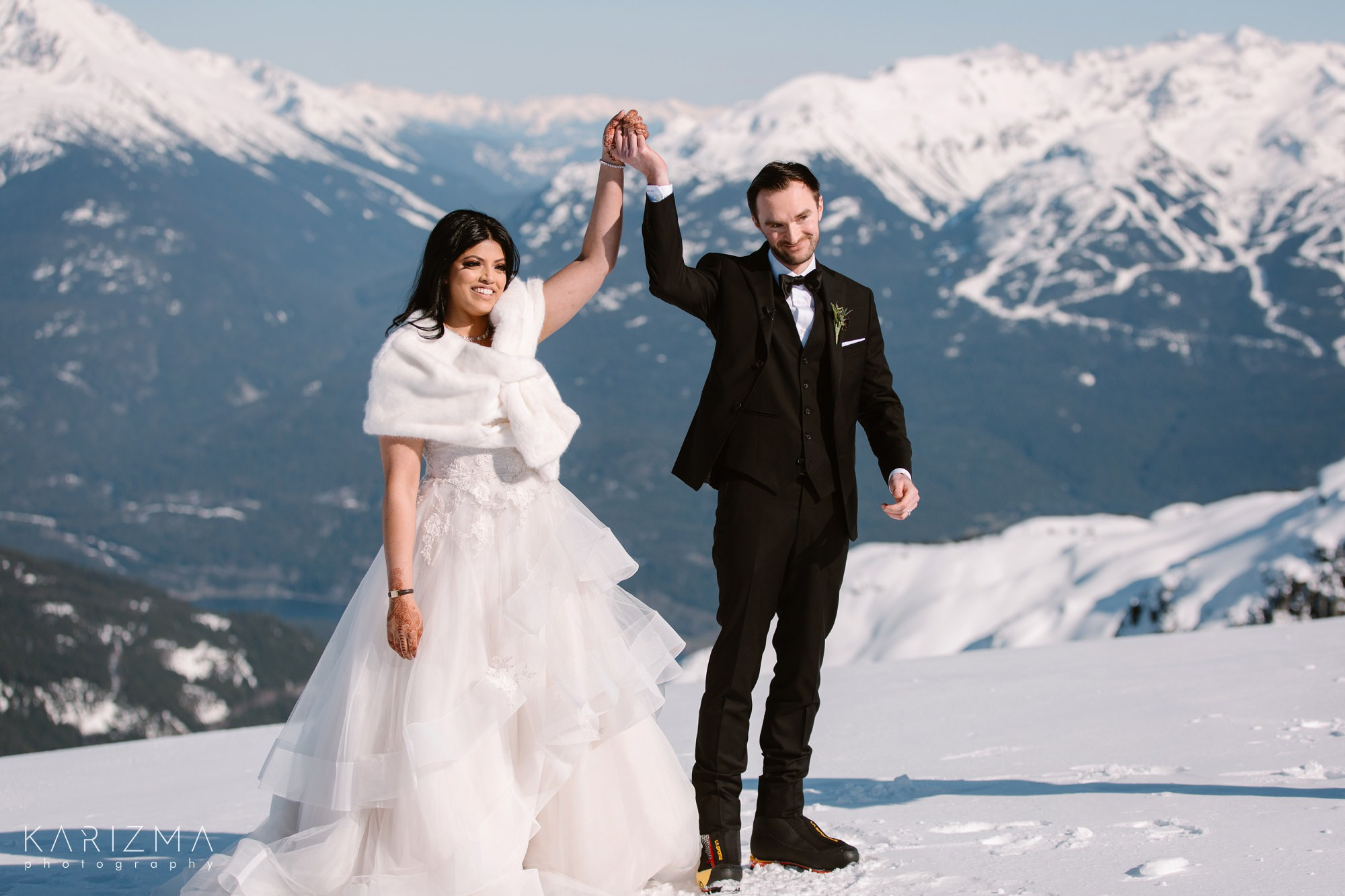 Helicopter Elopement Whistler wedding ceremony